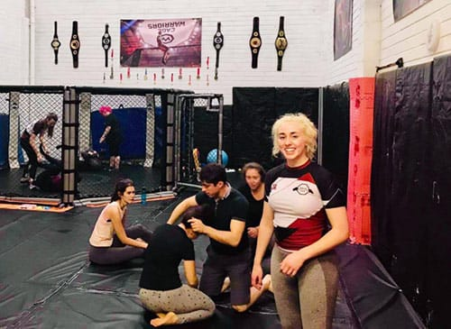 women's mma classes